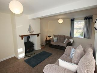 Curlew Cottage price range is 375 - £824