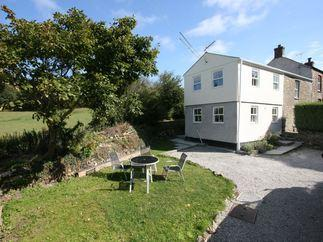 Barkla Cottage is located in St Agnes