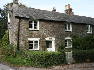 Click here for more about Hollyhocks Cottage