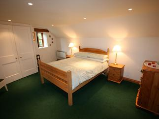 Meadow Barn Holiday Cottage