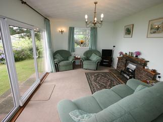 Windwhistle Holiday Cottage