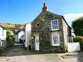 Click here for more about White Pebble Cottage