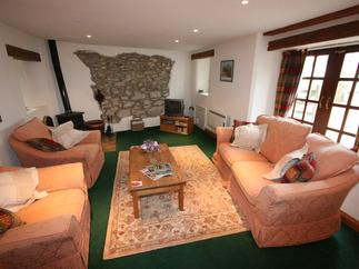 Meadow Barn price range is 301 - £715