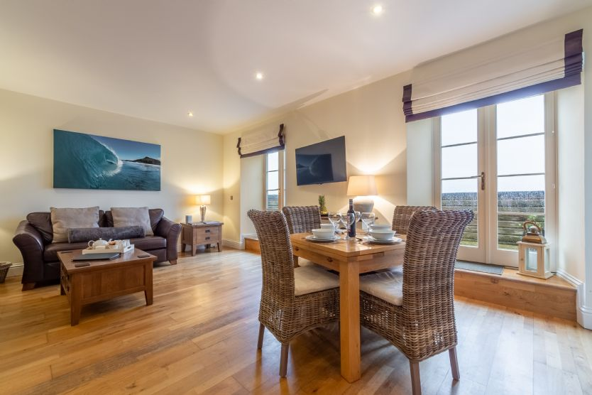 Click here for more about 5 Fernhill