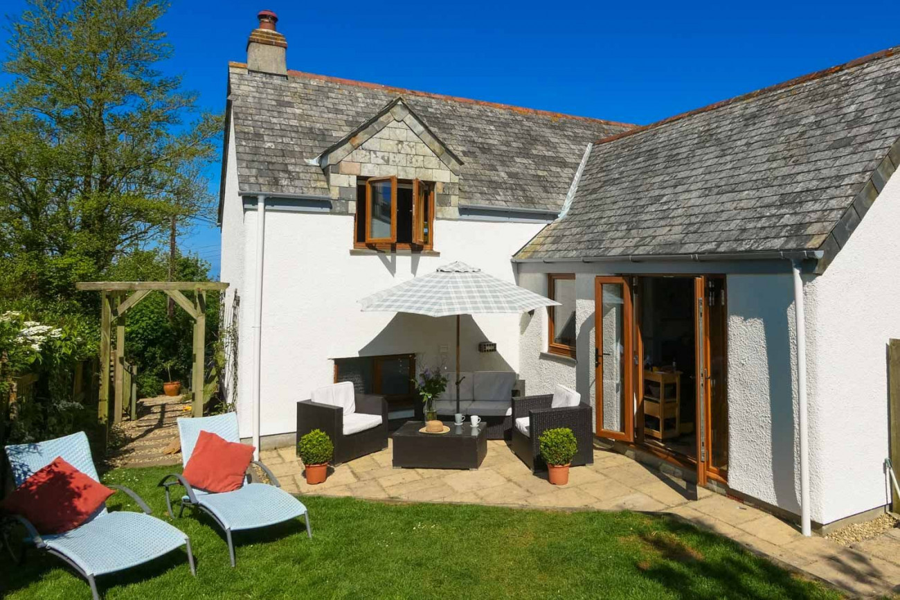 Click here for more about Barn Cottage, Rosecare