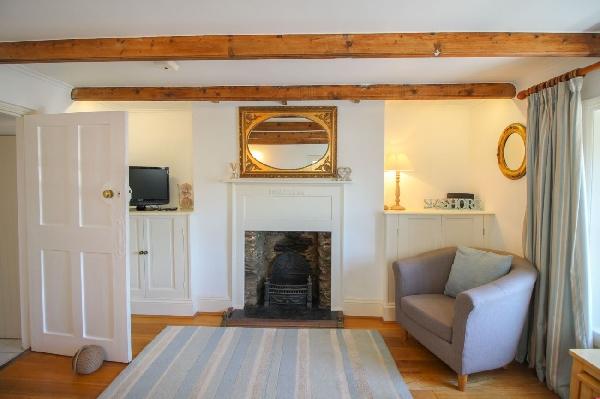 Brackley Cottage Images