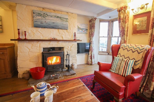Cornerstone Cottage is located in Mousehole