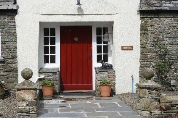 Cottage holidays England - The West Wing at Trevadlock Manor
