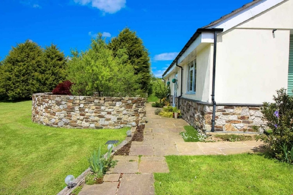 The Beehive Holiday Cottage
