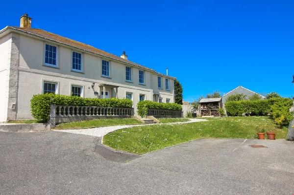 Trearren is located in St Agnes