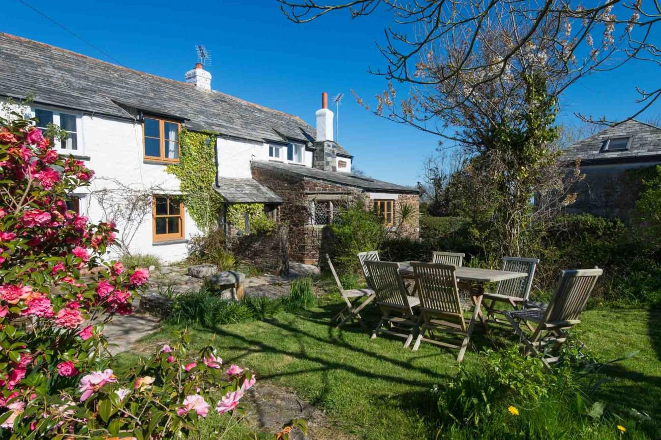 Click here for more about Hallagather Farmhouse