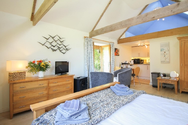 Tamar Orchard Barn price range is from just £295