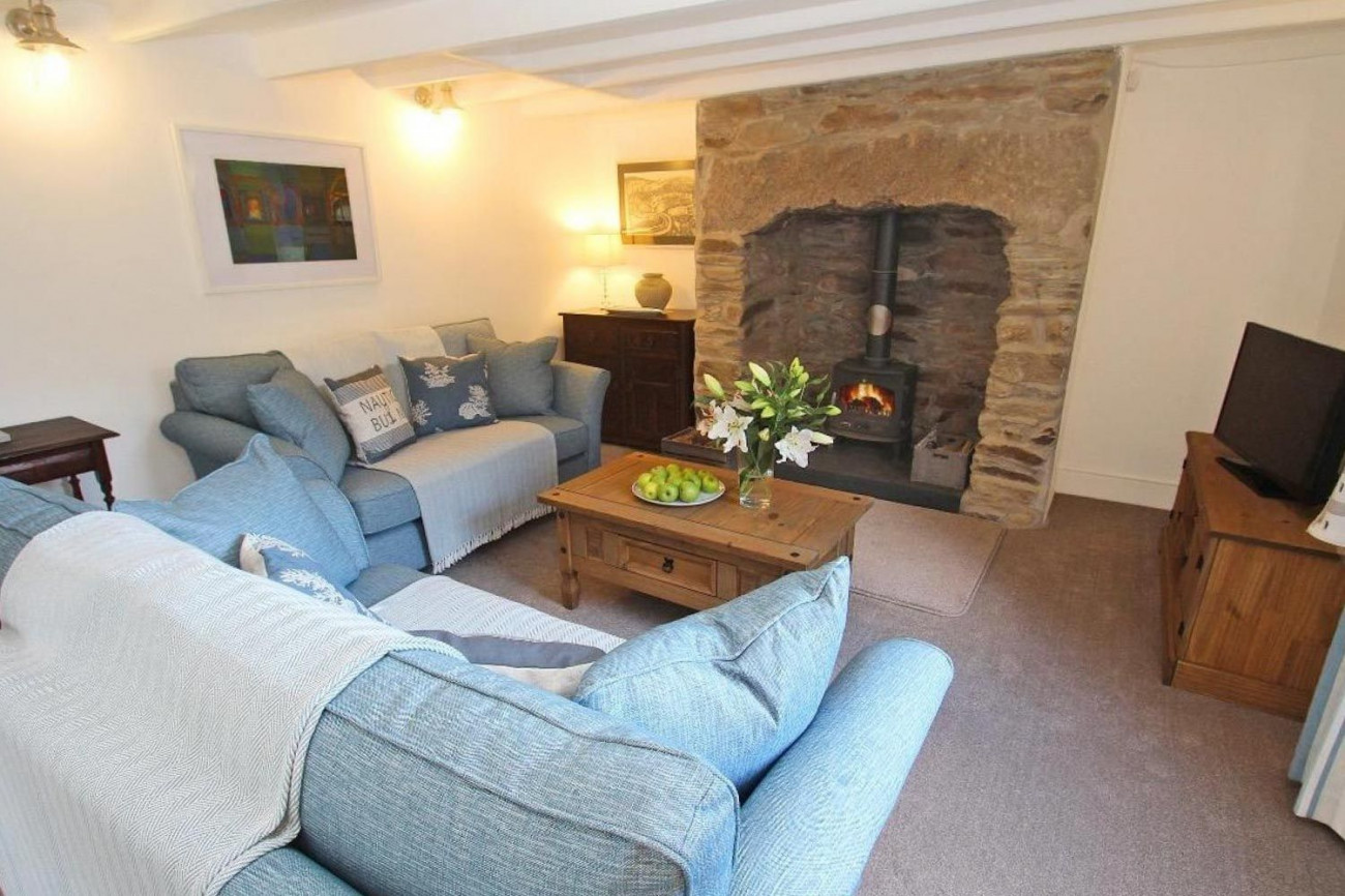 Click here for more about Sunray Cottage