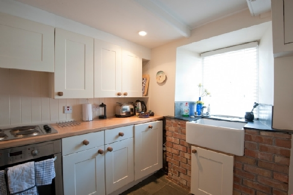 Beach Hill Cottage Pictures