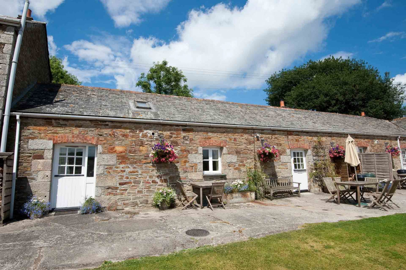 Click here for more about Quince Cottage