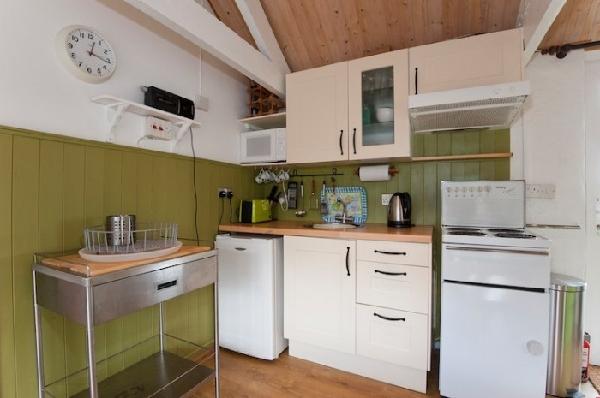 Vellan Cottage Details