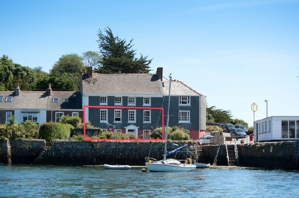 New Quay Lodge Pictures