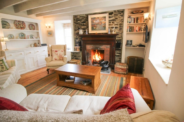 Cove Cottage is in Portloe, Cornwall