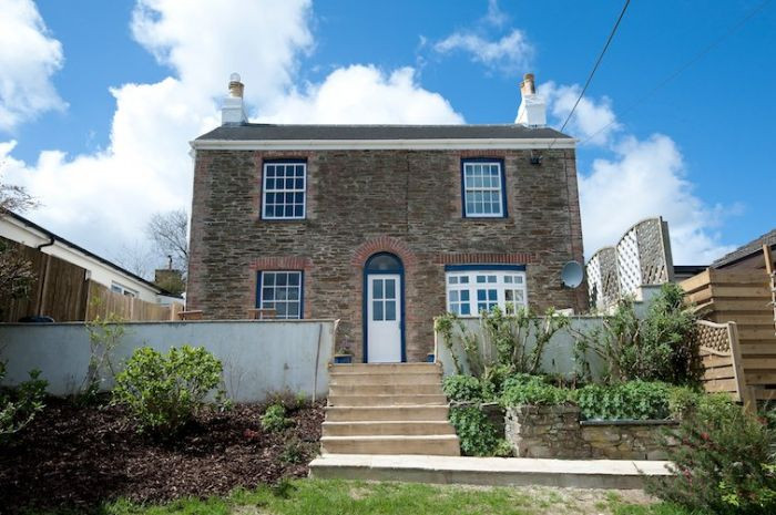 Click here for more about Newton Cottage