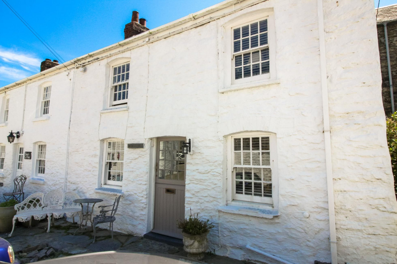 Click here for more about Beach Hill Cottage