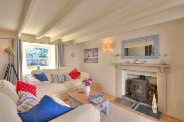 Click here for more about Thimble Cottage