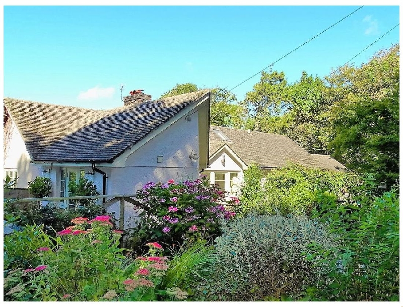 Click here for more about Gamehouse Cottage