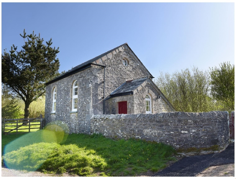 Click here for more about Moor View Chapel