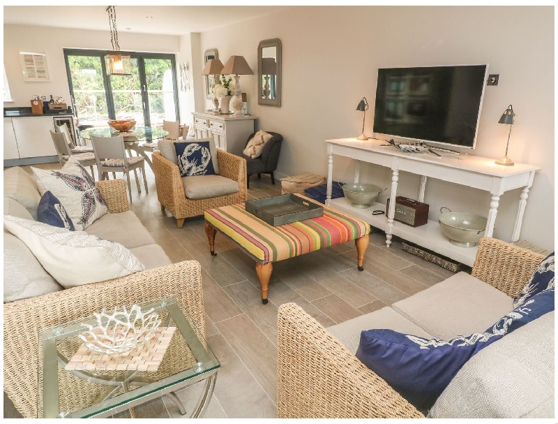 Click here for more about Seaspell Beach House