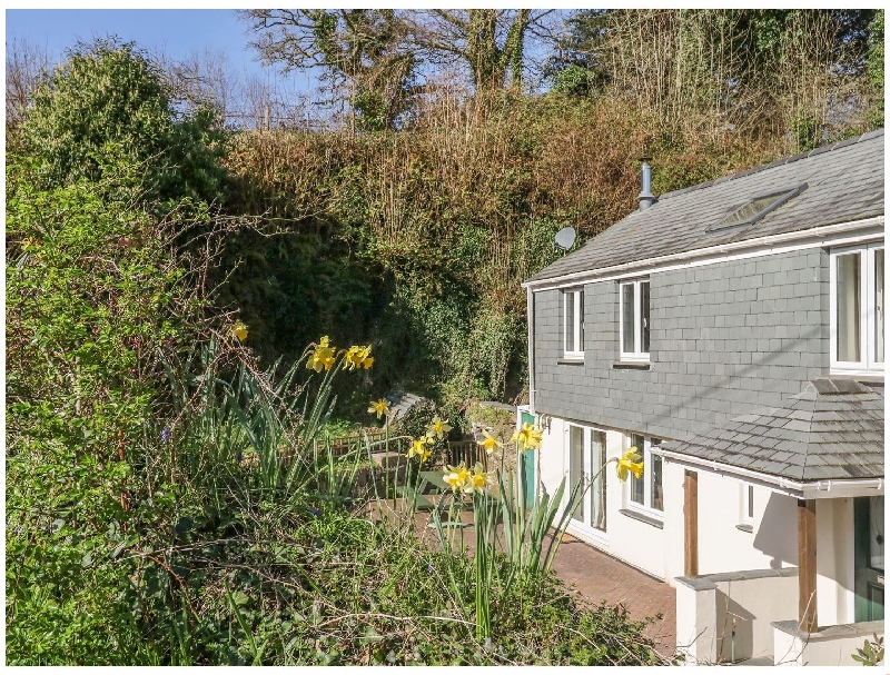 Click here for more about Lower Buttervilla Cottage