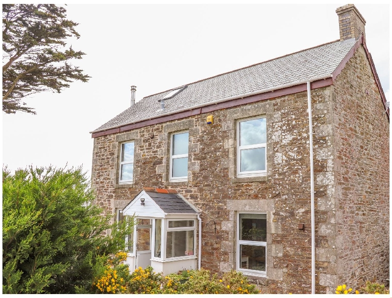 Click here for more about Heliview Cottage