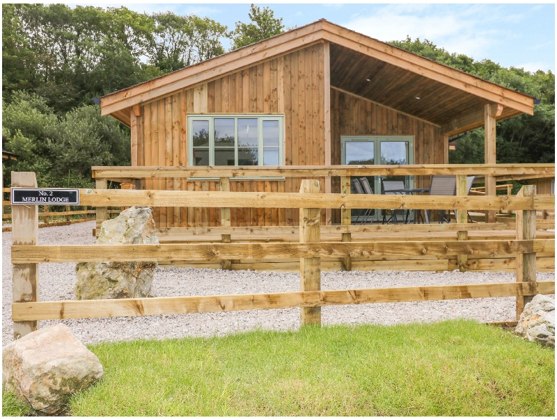 Click here for more about 2 Merlin Lodge