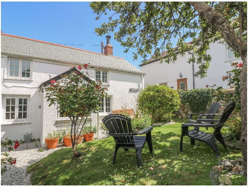 Click here for more about Elfin Cottage