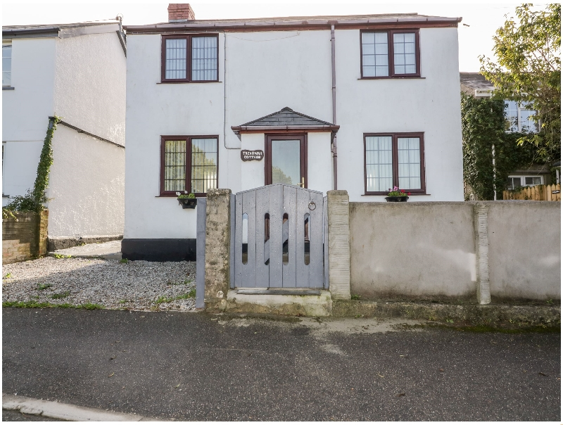 Click here for more about Trevowah Cottage