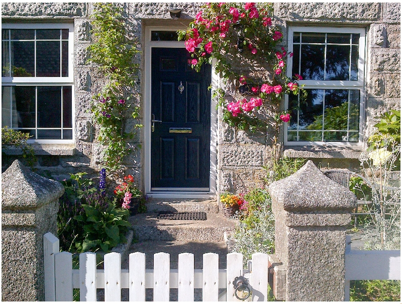 Click here for more about Jackdaw Cottage