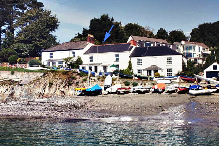 Click here for more about 4 Coastguard Cottage