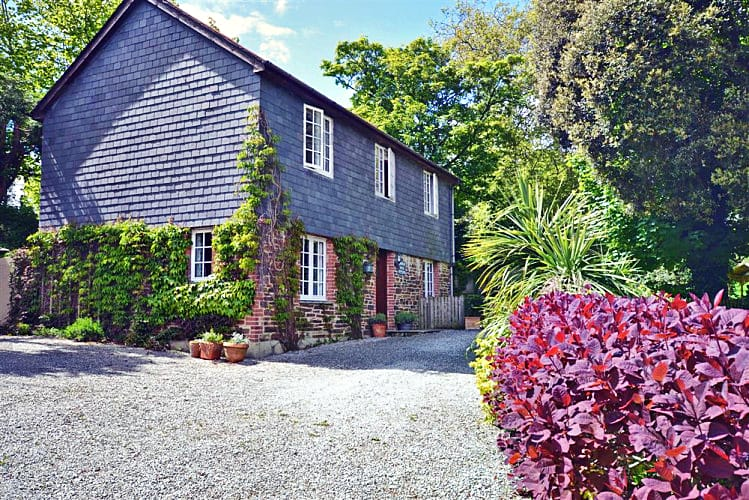 Click here for more about Holm Oak Cottage