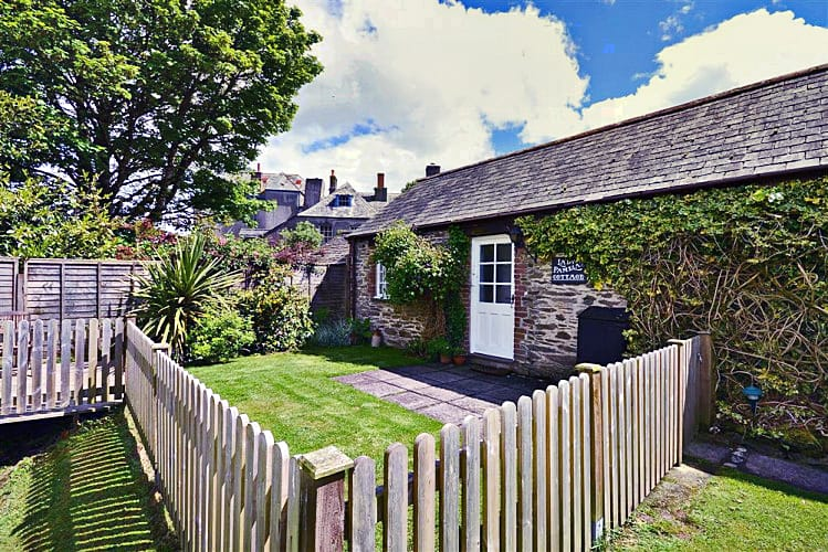 Click here for more about Lady Pamelas Cottage