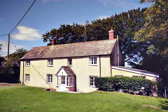 Click here for more about Eastcott Cottage