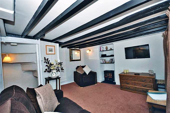 Farthing Cottage is in Polperro, Cornwall