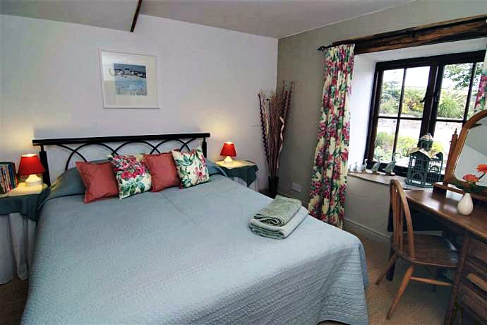 The Old Threshing Barn Holiday Cottage